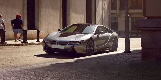 Download Bmw I8 Malaysia Brochures For Free Zigwheels