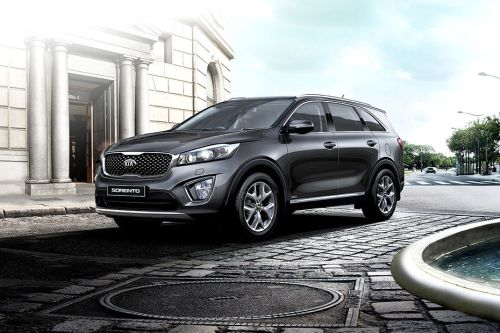 Sorento Front angle low view