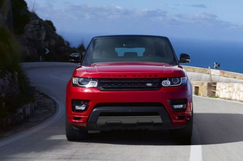 Full Front View of Range Rover Sport