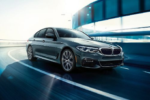 5 Series Sedan Front angle low view