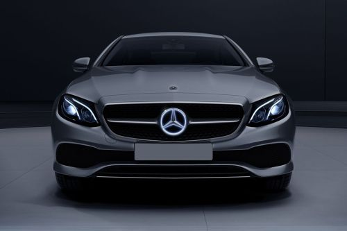 Full Front View of E-Class Coupe