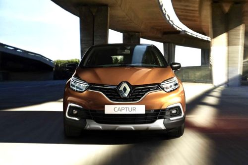 Full Front View of Captur
