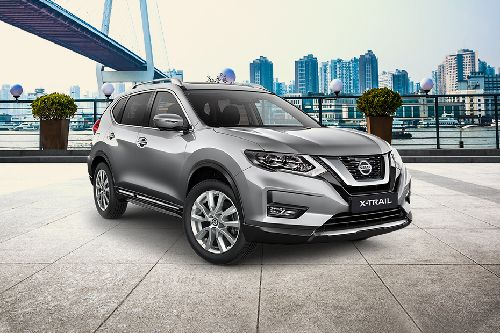 X-Trail 2019 Front angle low view