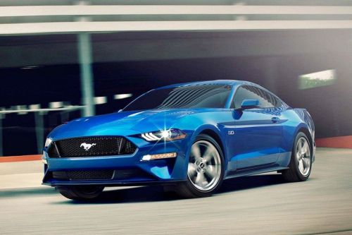 Mustang 2019 Front angle low view