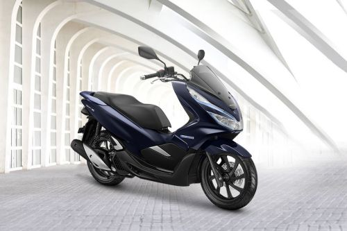 Honda PCX Hybrid Slant Rear View Full Image